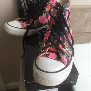 Andy Warhol glow floral high top converse